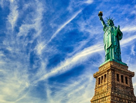 Statue Of Liberty New York During Daytime