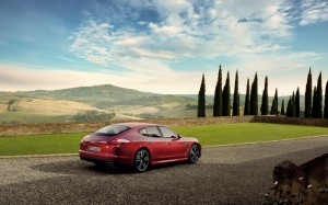 Desktop Wallpaper: Red Porsche Panamera...