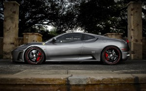 Desktop Wallpaper: Grey Ferrari F430 Pa...