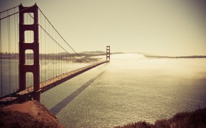 Desktop Wallpaper: Golden Gate Bridge V...