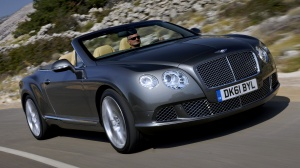 Desktop Wallpaper: Gray Bentley Convert...