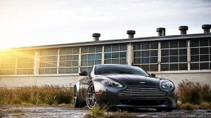 Desktop Wallpaper: Aston Martin on road