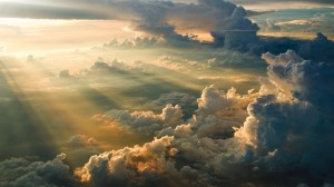Desktop Wallpaper: Clouds and sun rays