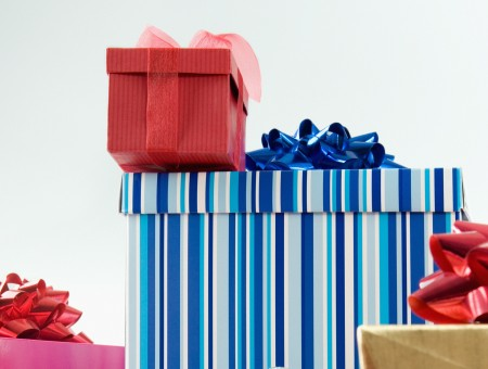 Gifts wallpaper