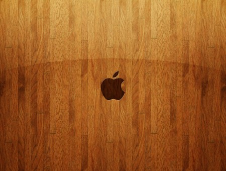 apple on the wood