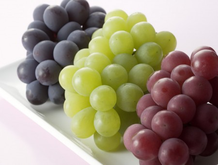 3 colors winegrape