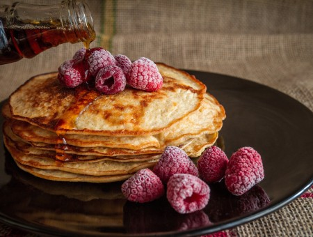 Pancakes with rasberry